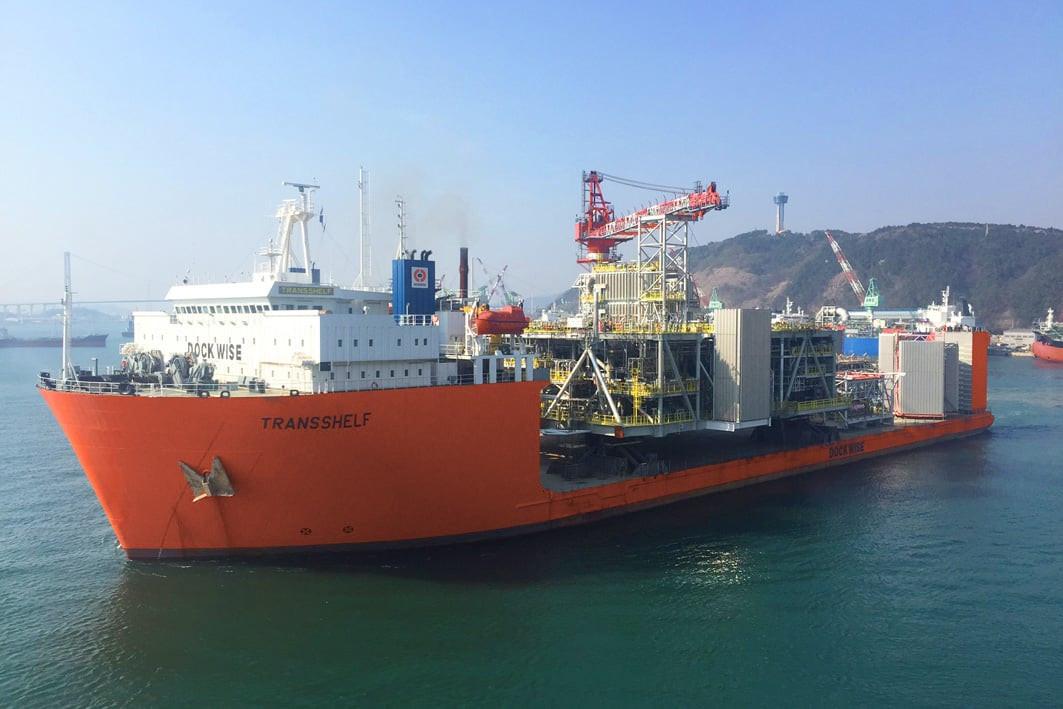 Transshelf sets off for Scotland