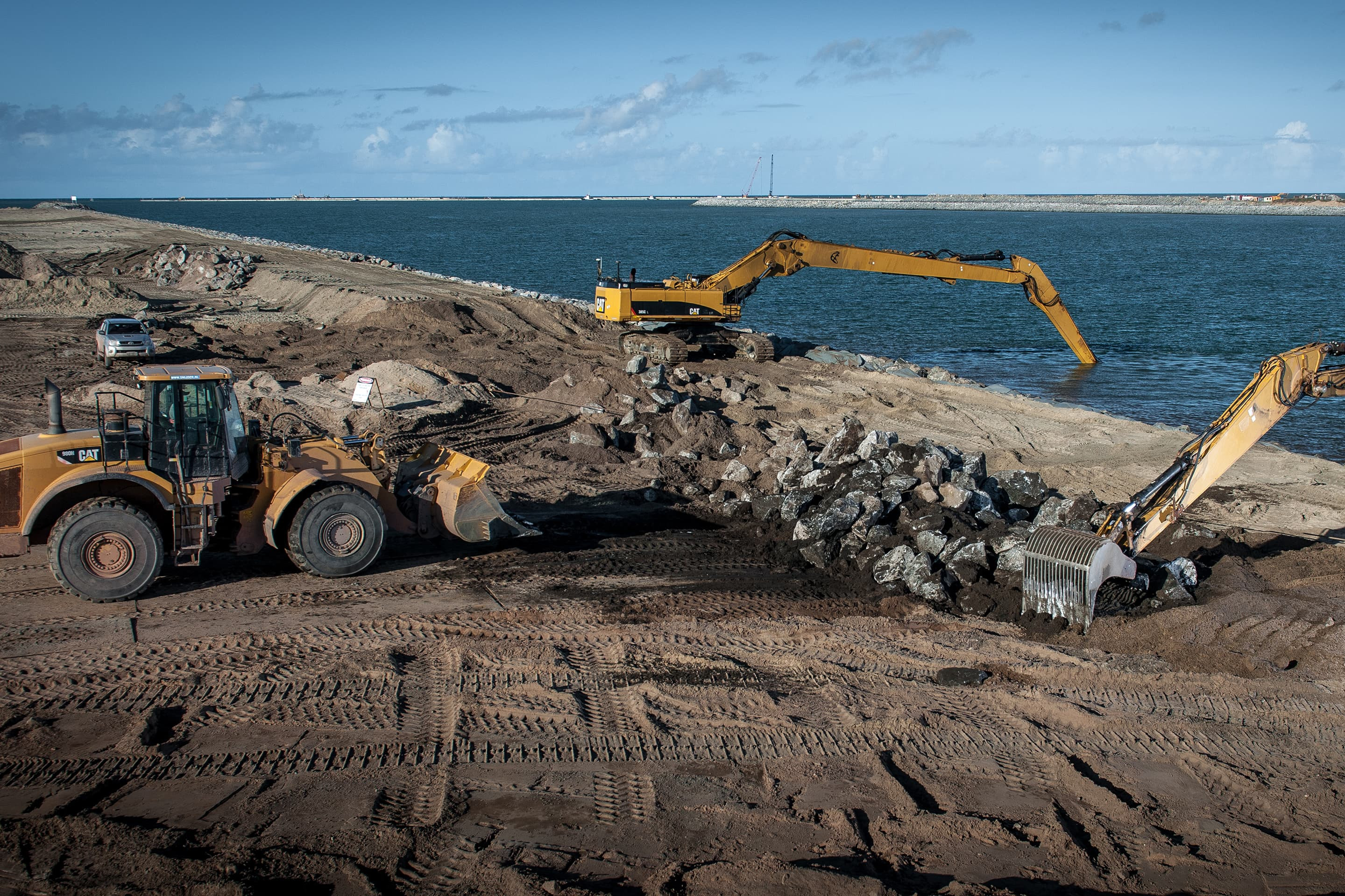 Construction of a breakwater