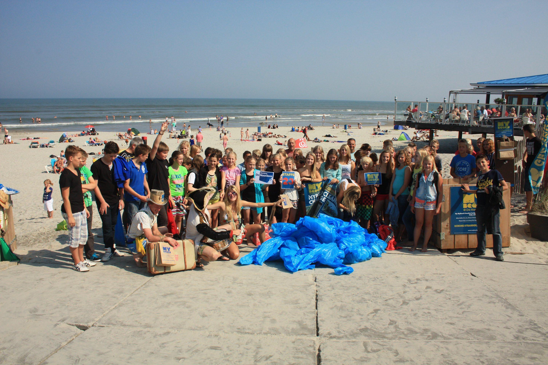 Impressions Beach Clean up Tour 2013