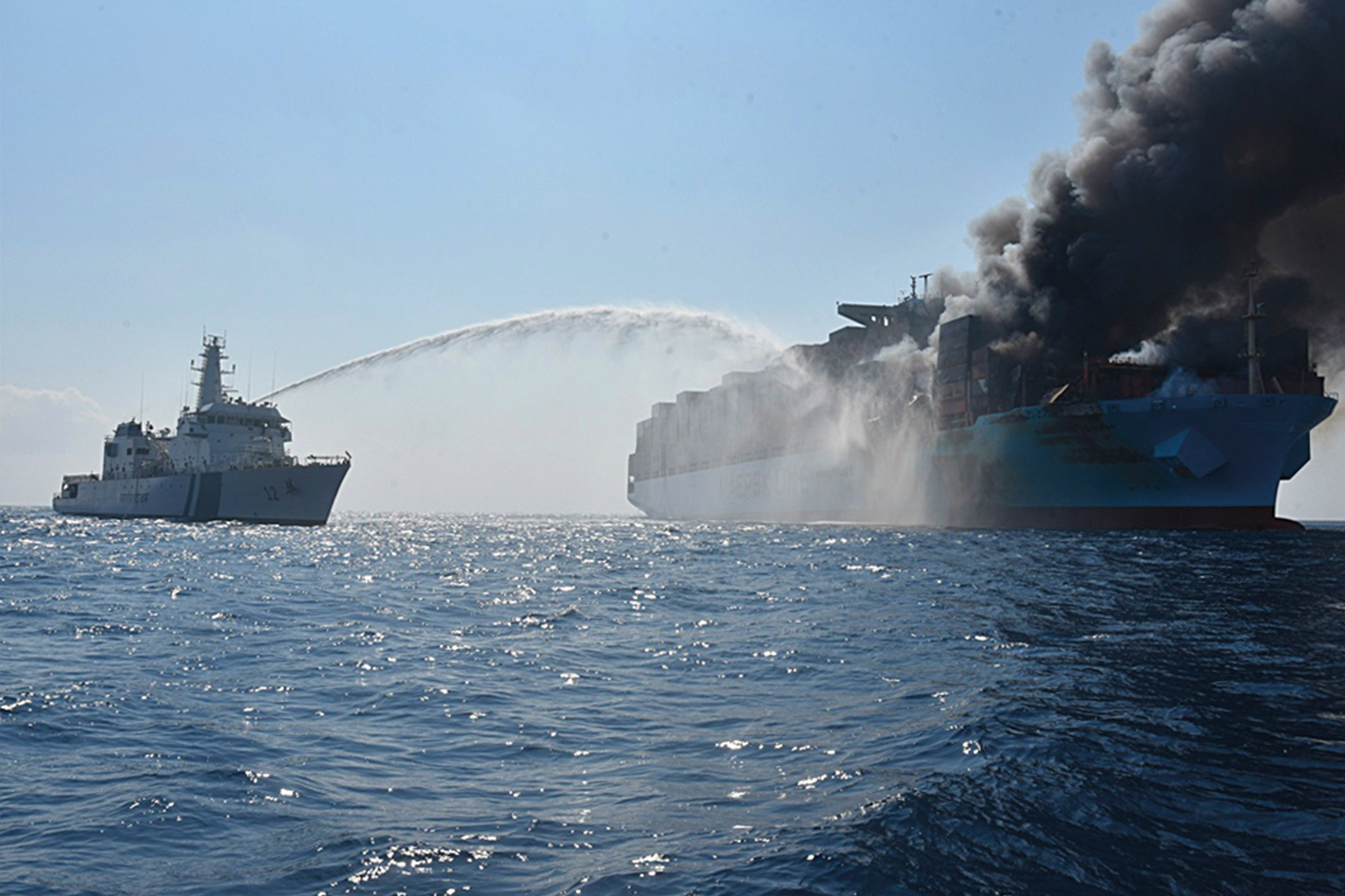 Salvage operation of the Maersk Honam
