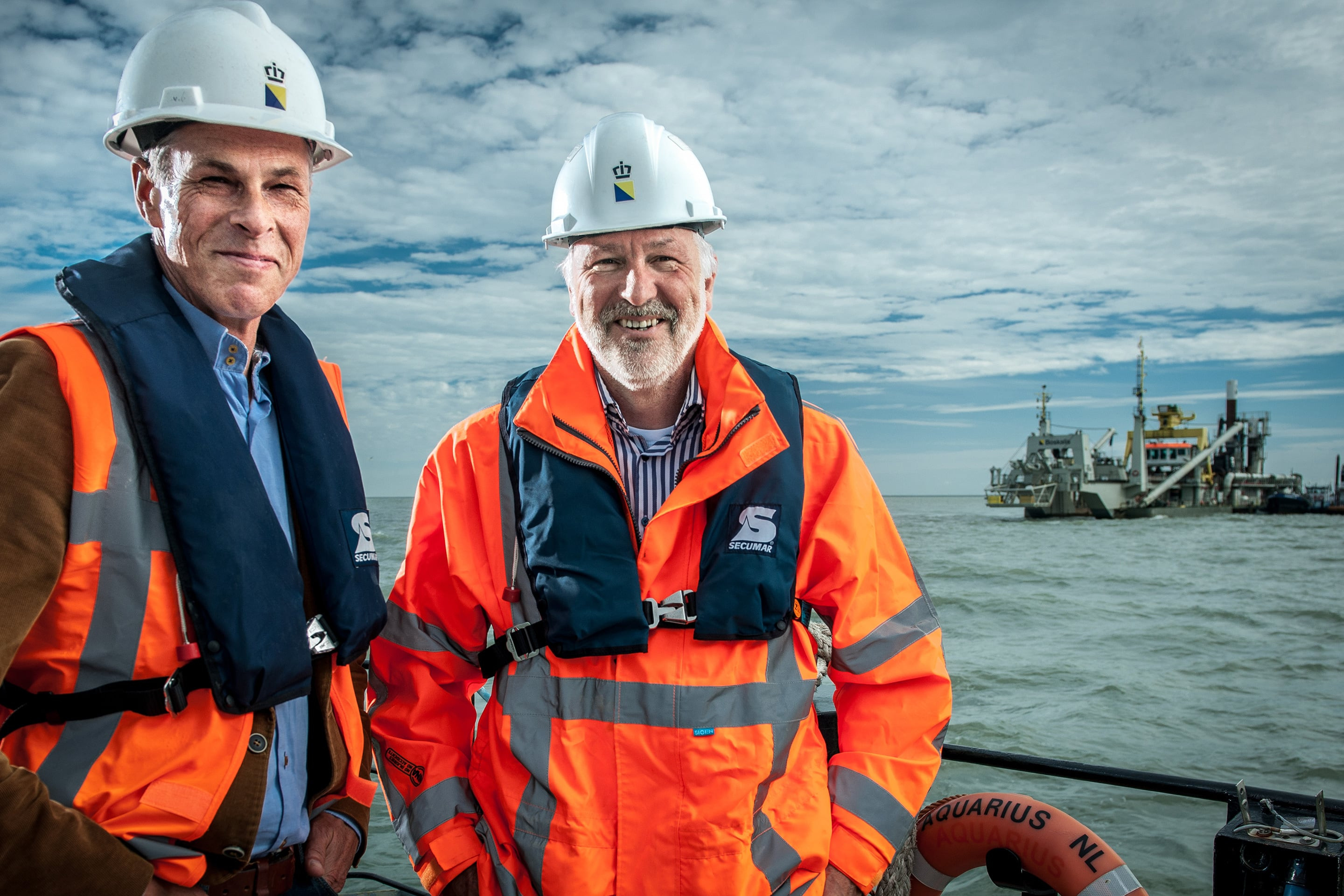 On the left Roel Posthoorn, Project Director of Natuurmonumenten, and on the right Hendrik Postma, Director at Boskalis