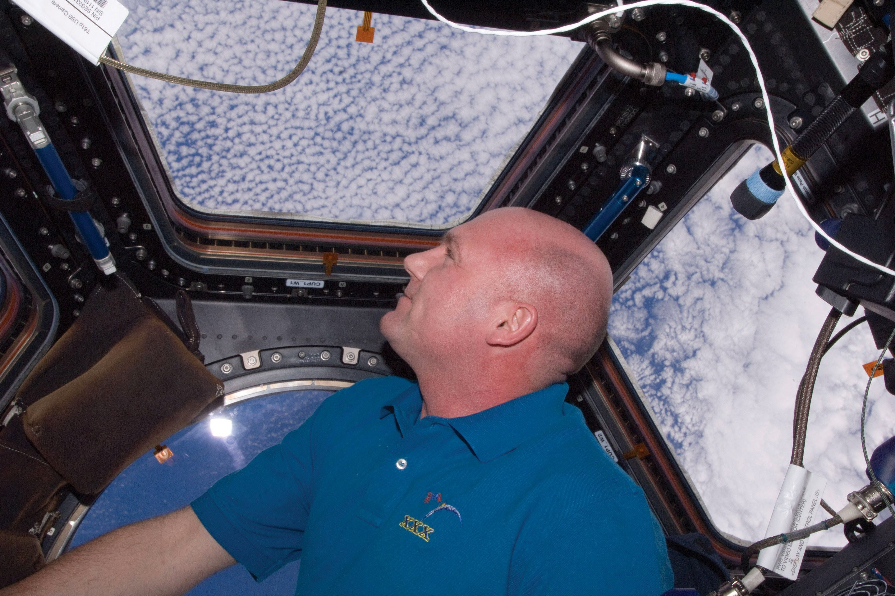Viewing earth from the Cupola on ISS