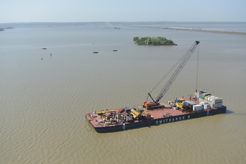 SMIT barge 9